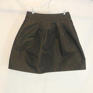 Cue Women's 12 Skirt Zip Back